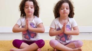 girls-yoga