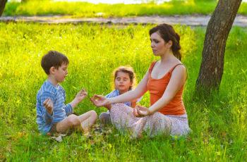 Yoga para Crianças – A Chave para Viver no Mundo Atual