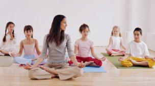 yoga-para-criancas-e-meditacao-cris-pitanga