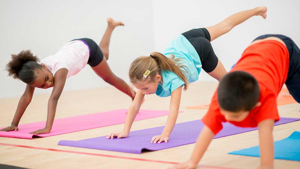 yoga-para-criancas-tecnicas-cris-pitanga