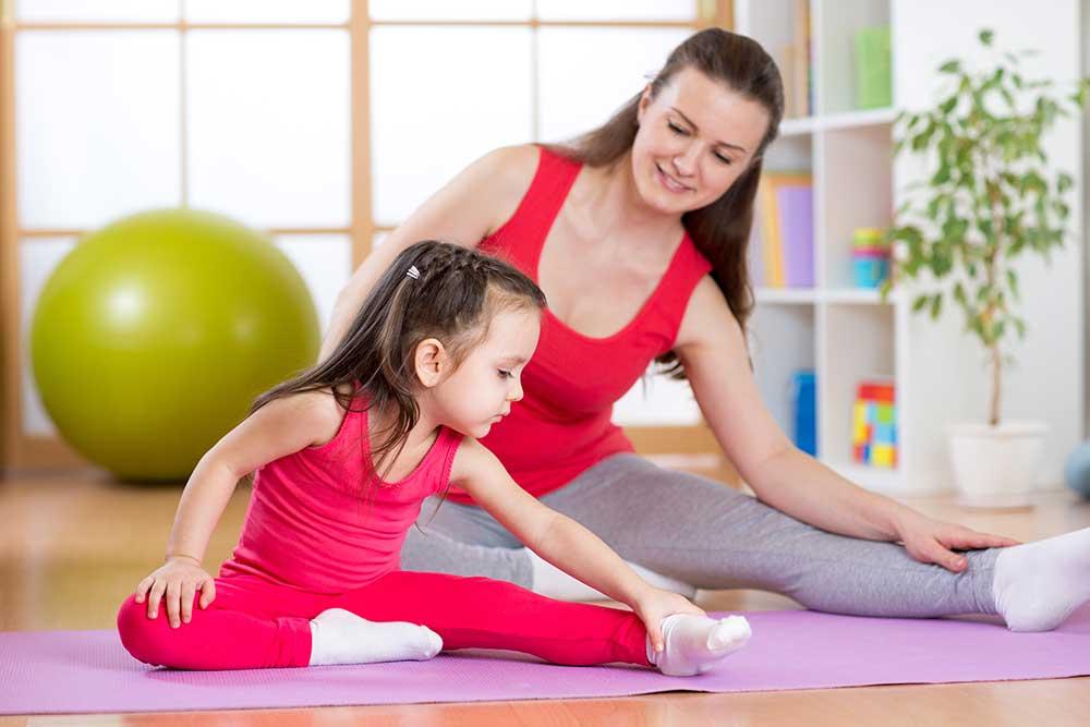 como-praticar-yoga-com-criancas-e-jovens