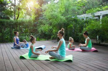 12 Dicas Práticas para ensinar Yoga para Crianças