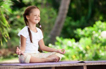 12 Benefícios Comprovados da Meditação para Crianças e Jovens